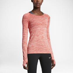 Женская беговая футболка с длинным рукавом Nike Dri-FIT KnitЖенская беговая футболка с длинным рукавом Nike Dri-FIT Knit обеспечивает невероятный комфорт благодаря практически бесшовной конструкции. Более открытое плетение в ключевых зонах усиливает вентиляцию, обеспечивая комфорт и помогая полностью сосредоточиться на беге.<br>