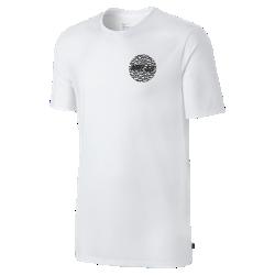 Мужская футболка Nike SB S+ RoadsМужская футболка Nike SB S+ Roads из трехкомпонентной влагоотводящей ткани обеспечивает длительный комфорт в любых условиях.<br>