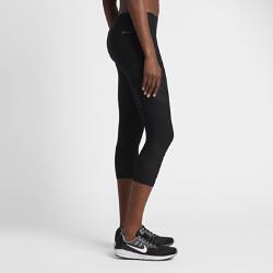 Женские укороченные тайтсы для бега NikeЖенские укороченные тайтсы для бега Nike со вставками из сетки обеспечивают охлаждение и комфорт на всей дистанции.<br>