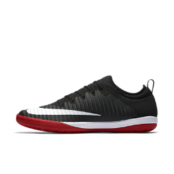 Футбольные бутсы для игры в зале/на поле Nike MercurialX Finale IIФутбольные бутсы для игры в зале/на поле Nike MercurialX Finale II обеспечивают отличную посадку, непревзойденное касание и потрясающее сцепление, позволяя развивать максимальную скорость в помещении и на уличных площадках.<br>