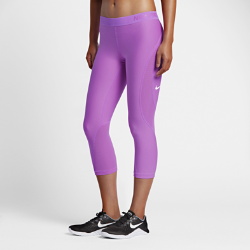 Женские капри для тренинга Nike Pro HyperCool 54,5 смЖенские капри для тренинга Nike Pro HyperCool 54,5 см со вставками из дышащей сетки обеспечивают охлаждение и комфорт во время тренировки.<br>
