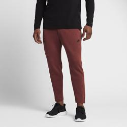 Мужские брюки Nike Sportswear Tech Fleece CroppedМужские брюки Nike Sportswear Tech Fleece Cropped из мягкого флиса с функциональным дизайном для города, сильно зауженным кроем и несколькими карманами обеспечивают тепло и свободу движений.<br>