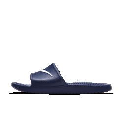 Мужские сланцы Nike KawaМужские сланцы Nike Kawa обеспечивают легкость и комфорт, помогая мышцам стоп восстанавливаться после нагрузок благодаря рельефной стельке SolarSoft и гибкому пеноматериалу в подметке.<br>