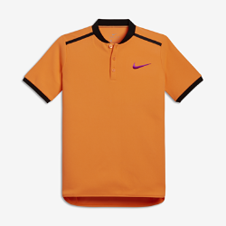 Теннисная рубашка-поло для мальчиков школьного возраста NikeCourt AdvantageТеннисная рубашка-поло для мальчиков школьного возраста NikeCourt Advantage обеспечивает комфорт и свободу движений на корте благодаря прилегающему крою и влагоотводящейткани.<br>