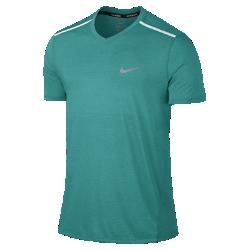 Мужская беговая футболка с коротким рукавом Nike TailwindМужская беговая футболка с коротким рукавом Nike Tailwind из легкой дышащей ткани обеспечивает прохладу и комфорт.<br>