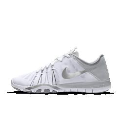 Женские кроссовки для тренинга Nike Free TR 6Женские кроссовки для тренинга Nike Free TR 6 обеспечивают гибкость и стабилизацию во время тренировок благодаря инновационному рисунку подметки, которая расширяется,сгибается и сжимается вместе со стопой при каждом приседе и рывке.<br>