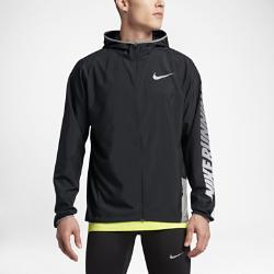 Мужская беговая куртка Nike (City)Мужская беговая куртка Nike (City) из водоотталкивающей ткани с эргономичным капюшоном защищает от влаги и позволяет полностью сконцентрироваться на беге.<br>