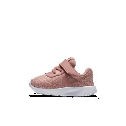 Кроссовки для малышей Nike Tanjun PrintКроссовки для малышей Nike Tanjun Print с цельной амортизирующей подошвой и легкой конструкцией обеспечивают гибкость, воздухопроницаемость и комфорт.<br>