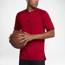 Мужская футболка для тренинга с коротким рукавом Jordan 23 Tech SEМужская футболка для тренинга с коротким рукавом Jordan 23 Tech SE из влагоотводящей ткани с перфорацией на спине обеспечивает вентиляцию для абсолютного комфорта на самых интенсивных тренировках.<br>