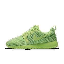 Женские кроссовки Nike Roshe One Hyper BreatheЖенские кроссовки Nike Roshe One Hyper Breathe — это сочетание непревзойденного комфорта, естественной свободы движений и современного образ на каждый день.<br>