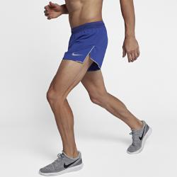 Мужские беговые шорты Nike AeroSwift 10 смМужские беговые шорты Nike AeroSwift 10 см из ультралегкой ткани с кроем, точно повторяющим контуры тела, позволяют ни на что не отвлекаться на пробежке. Подкладка со вставками из сетки для поддержки и вентиляции. Несколько карманов позволяют хранить все необходимое для забега: например, карман спереди предназначен для соляных таблеток.<br>