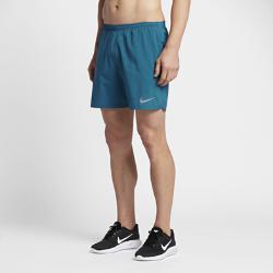 Мужские беговые шорты Nike Distance 18 смМужские беговые шорты Nike Distance 18 см с подкладкой обеспечивают легкость и поддержку от старта до финиша.  Создано для движения  Эластичная и гладкая ткань Nike Flex повторяет движения тела, помогая достигать высоких результатов.  Прохлада и комфорт  Подкладка обеспечивает вентиляцию и поддержку для комфорта, предотвращая натирание кожи. Перфорация на передних и задних вставках усиливает вентиляцию.  Удобные карманы  Сзади на правом бедре расположен карман на молнии для защиты телефона, мелочи и ключей от влаги. Передние карманы и дополнительный прорезной карман сзади слева подходят для хранения мелочей.<br>