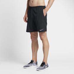 Мужские беговые шорты без подкладки Nike Distance 23 смМужские беговые шорты без подкладки Nike Distance 23 см обеспечивают легкость и поддержку от старта до финиша.  Создано для движения  Эластичная и гладкая ткань Nike Flex повторяет движения тела, помогая достигать высоких результатов.  Прохлада и комфорт  Перфорация по бокам для дополнительной циркуляции воздуха и охлаждения.  Удобные карманы  Сзади на правом бедре расположен карман на молнии для защиты телефона, мелочи и ключей от влаги. Передние карманы и дополнительный прорезной карман сзади слева подходят для хранения мелочей.<br>