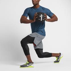 Мужская футболка для тренинга с коротким рукавом Nike Zonal CoolingМужская футболка для тренинга с коротким рукавом Nike Zonal Cooling со сплошной сеткой обеспечивает воздухопроницаемость и комфорт, позволяя полностью сконцентрироваться на пробежке.<br>