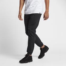 Мужские брюки Jordan City WovenМужские брюки Jordan City Woven из легкой влагоотводящей ткани с регулируемым эластичным поясом обеспечивают длительный комфорт.<br>