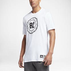 Мужская футболка Nike AirМужская футболка Nike Air из чистого хлопка с удлиненным силуэтом обеспечивает защиту и комфорт на весь день.<br>