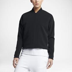 Женская куртка NikeCourtЖенская куртка NikeCourt — это обновление оригинальной теннисной модели с функциональной минималистичной конструкцией из мягкой дышащей ткани пике с двусторонними боковыми молниями для свободы движений и скрытыми карманами.<br>