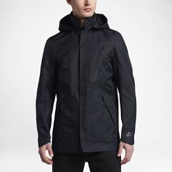 Мужской блейзер Nike Sportswear BondedМужской блейзер Nike Sportswear Bonded — это инновационная версия классической куртки для дождливой погоды из водонепроницаемой ткани с герметичными швами и подкладкой издышащей сетки для комфорта в любую погоду.<br>