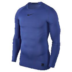 Мужская футболка с длинным рукавом Nike ProМужская футболка с длинным рукавом Nike Pro из легкой и эластичной влагоотводящей ткани со вставками из сетки обеспечивает комфорт и охлаждение во время тренировок исоревнований. Плотная посадка позволяет ощущать уверенность и поддержку при каждом движении.  ВЕНТИЛЯЦИЯ И КОМФОРТ  Ткань Dri-FIT обеспечивает превосходную воздухопроницаемость и комфорт, выводя влагу на поверхность, где она быстро испаряется. Вставки из сетки усиливают вентиляцию, обеспечивая охлаждение в самые жаркие моменты игры.  СВОБОДА ДВИЖЕНИЙ  Эластичная ткань плотно прилегает к корпусу, не сковывая руки и грудь. Плоские швы не натирают кожу во время физических упражнений.<br>