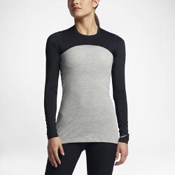 Женская футболка для гольфа Nike Dry UV Cropped BaselayerЖенскую футболку для гольфа Nike Dry UV Cropped Baselayer можно носить в качестве базового слоя или поверх другой одежды для защиты от солнечных лучей во время игры.<br>
