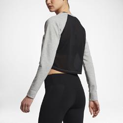 Женская футболка для тренинга с длинным рукавом Nike DryЖенская футболка для тренинга с длинным рукавом Nike Dry из влагоотводящей ткани френч терри со вставкой из сетки на спине обеспечивает тепло и воздухопроницаемость.<br>