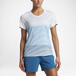 Женская игровая футболка с коротким рукавом Nike StrikeЖенская игровая футболка с коротким рукавом Nike Strike обеспечивает комфорт и свободу движений на поле благодаря дышащей ткани и эргономичным швам.<br>