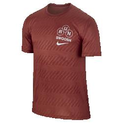 Мужская беговая футболка Nike DryМужская беговая футболка Nike Dry из мягкой влагоотводящей ткани обеспечивает комфорт во время бега.<br>