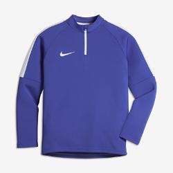 Футболка для футбольного тренинга с длинным рукавом и молнией 1/4 для школьников Nike DryФутболка для футбольного тренинга с длинным рукавом и молнией 1/4 для школьников Nike Dry из влагоотводящей ткани обеспечивает защиту и комфорт в прохладную погоду.<br>