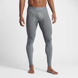 Мужские тайтсы для тренинга Nike Pro Zonal StrengthМужские тайтсы для тренинга Nike Pro Zonal Strength дополнены вставками из инжектированного силикона в области икроножных мышц, квадрицепсов и задней поверхности бедра дляусиленной компрессии на тренировках и соревнованиях.<br>