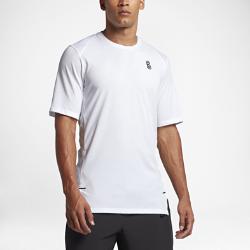 Мужская баскетбольная футболка Nike Dry KyrieМужская баскетбольная футболка Nike Dry Kyrie из мягкой влагоотводящей ткани с вставками из сетки обеспечивает вентиляцию и комфорт на площадке и за ее пределами.<br>