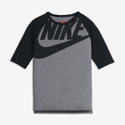 Футболка для девочек школьного возраста Nike Sportswear GraphicФутболка для девочек школьного возраста Nike Sportswear Graphic из невероятно мягкой смесовой ткани обеспечивает удобную посадку.<br>