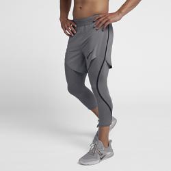 Мужские шорты для тренинга Nike Pro Flex 2-in-1Мужские шорты для тренинга Nike Pro Flex 2-in-1 со вшитыми тайтсами длиной 3/4 выполнены из ткани с водоотталкивающим покрытием для комфортной защиты от непогоды во время тренировки.<br>