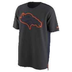 Мужская футболка Nike Dry Travel (NFL Broncos)Мужская футболка Nike Dry Travel (NFL Broncos) из мягкой влагоотводящей ткани украшена клубным логотипом.<br>
