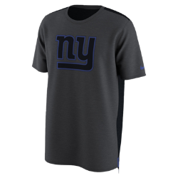 Мужская футболка Nike Dry Travel (NFL Giants)Мужская футболка Nike Dry Travel (NFL Giants) из мягкой влагоотводящей ткани украшена клубным логотипом.<br>
