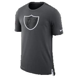 Мужская футболка Nike Dry Travel (NFL Raiders)Мужская футболка Nike Dry Travel (NFL Raiders) из мягкой влагоотводящей ткани украшена клубным логотипом.<br>