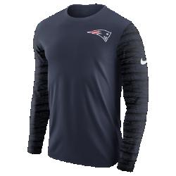 Мужская футболка с длинным рукавом Nike Enzyme Pattern (NFL Patriots)Мужская футболка с длинным рукавом Nike Enzyme Pattern (NFL Patriots) из ультрамягкого хлопка дополнена клубными деталями.<br>