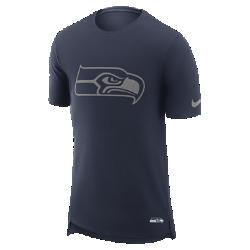 Мужская футболка Nike Enzyme Droptail (NFL Seahawks)Мужская футболка Nike Enzyme Droptail (NFL Seahawks) из ультрамягкого хлопка украшена клубными деталями.<br>