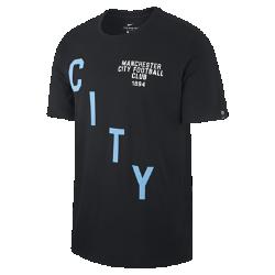 Мужская футболка Manchester City FC SquadМужская футболка Manchester City FC Squad из мягкого хлопка обеспечивает длительный комфорт на трибунах и на улице.<br>