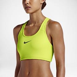 Спортивное бра со средней поддержкой Nike Classic SwooshСпортивное бра со средней поддержкой Nike Pro Classic Swoosh с компрессионной посадкой и V-образными бретелями обеспечивает среднюю поддержку и свободу движений во время тренировки.  Надежная защита  Компрессионная посадка обеспечивает поддержку и фиксацию при тренировках средней интенсивности, таких как бег, танцы и кардио.  Комфорт  Технология Dri-FIT отводит влагу с поверхности кожи, обеспечивая комфорт.  Свобода движений  Минималистичный дизайн с V-образной спиной обеспечивает полную свободу движений.<br>