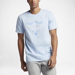Мужская футболка Jordan Fadeaway All TourneyМужская футболка Jordan Fadeaway All Tourney из чистого хлопка обеспечивает длительный комфорт.<br>