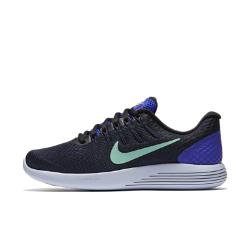 Женские беговые кроссовки Nike LunarGlide 8Женские беговые кроссовки Nike LunarGlide 8 обеспечивают поддержку, воздухопроницаемость и невероятно мягкую амортизацию для любых дистанций.  Воздухопроницаемость и комфортная посадка  Сетка Engineered mesh обеспечивает комфорт и воздухопроницаемость, а технология Flywire надежно фиксирует стопу.  Плавность движений и комфорт  Подошва из мягкого материала Lunarlon, обработанная лазером по бокам, сжимается при движении, обеспечивая плавность движений.  Легкость и поддержка  Платформа Dynamic Support обеспечивает комфорт и стабилизацию без утяжеления.<br>