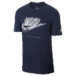 Мужская футболка Nike Cityscape (Barcelona)В мужской футболке Nike Cityscape (Barcelona) ты можешь заявить о своем городе благодаря рисунку на хлопковой ткани.<br>