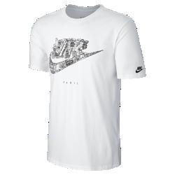 Мужская футболка Nike Cityscape (Paris)В мужской футболке Nike Cityscape (Paris) ты можешь заявить о своем городе благодаря рисунку на хлопковой ткани.<br>