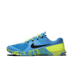 Женские кроссовки для тренинга Nike Metcon 2 AmpЖенские кроссовки для тренинга Nike Metcon 2 Amp отвечают требованиям высокоинтенсивных тренировок. В них удобно поднимать вес, бегать, выполнять прыжки и лазать по канату благодаря невероятно низкой и устойчивой пятке, гибкому материалу в передней части стопы и резине высокой плотности.<br>
