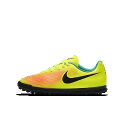 Футбольные бутсы для дошкольников/школьников для игры на газоне Nike Jr. Magista Ola II TF (1Y–6Y)Футбольные бутсы для дошкольников/школьников для игры на газоне Nike Jr. Magista Ola II отличаются от предыдущей модели облегающим силуэтом, который обеспечивает плотную посадку без утяжеления. Резиновые шипы обеспечивают сцепление с синтетическими покрытиями.<br>
