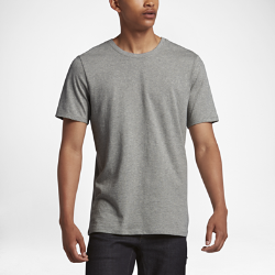Мужская футболка Nike SB EssentialМужская футболка Nike SB Essential из чистого хлопка обеспечивает длительный комфорт на каждый день.<br>