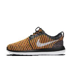 Женские кроссовки Nike Roshe Two FlyknitПросто Инновация — женские кроссовки Nike Roshe Two Flyknit. Дышащий материал Nike Flyknit и три слоя амортизации обеспечивают мягкость и комфорт.<br>