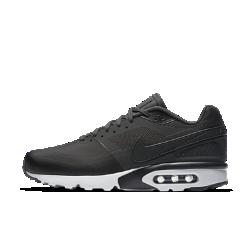 Мужские кроссовки Nike Air Max BW Ultra SEМужские кроссовки Nike Air Max BW Ultra SE обеспечивают комфорт при каждом шаге благодаря верху из пеноматериала с синтетическими накладками и классической амортизации.<br>
