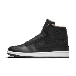 Мужские кроссовки Air Jordan 1 Retro HighМужские кроссовки Air Jordan 1 Retro High — новая версия оригинальной модели с ярким комфортным верхом из кожи и нубука, позволяющим создать уникальный стиль.<br>