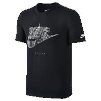 <ナイキ(NIKE)公式ストア> ナイキ カントリー (OSAKA) メンズ Tシャツ 845443-010 ブラック画像